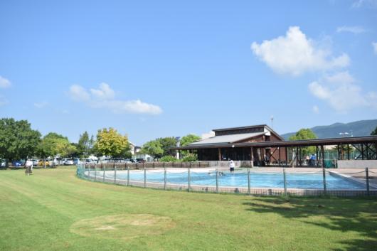 北公園 プール